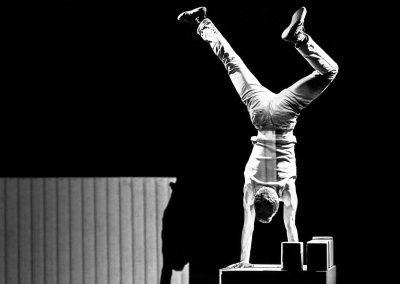 2018-compagnie-les-hommes-de-mains-cirque-actuel-007